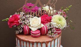 Dripping cake 12